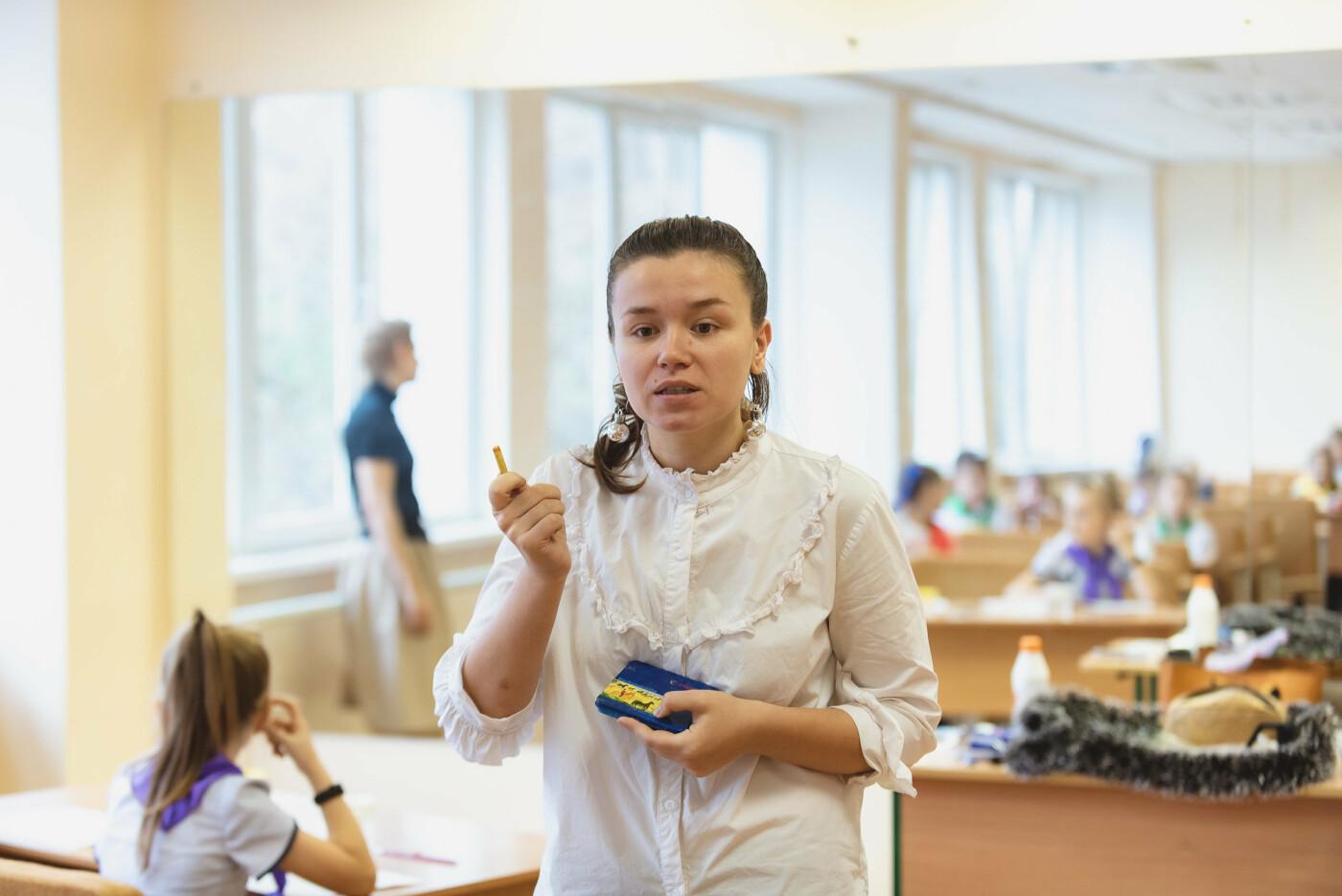 В Ялтинской школе № 1 для школьников провели художественный мастер-класс, фото-5