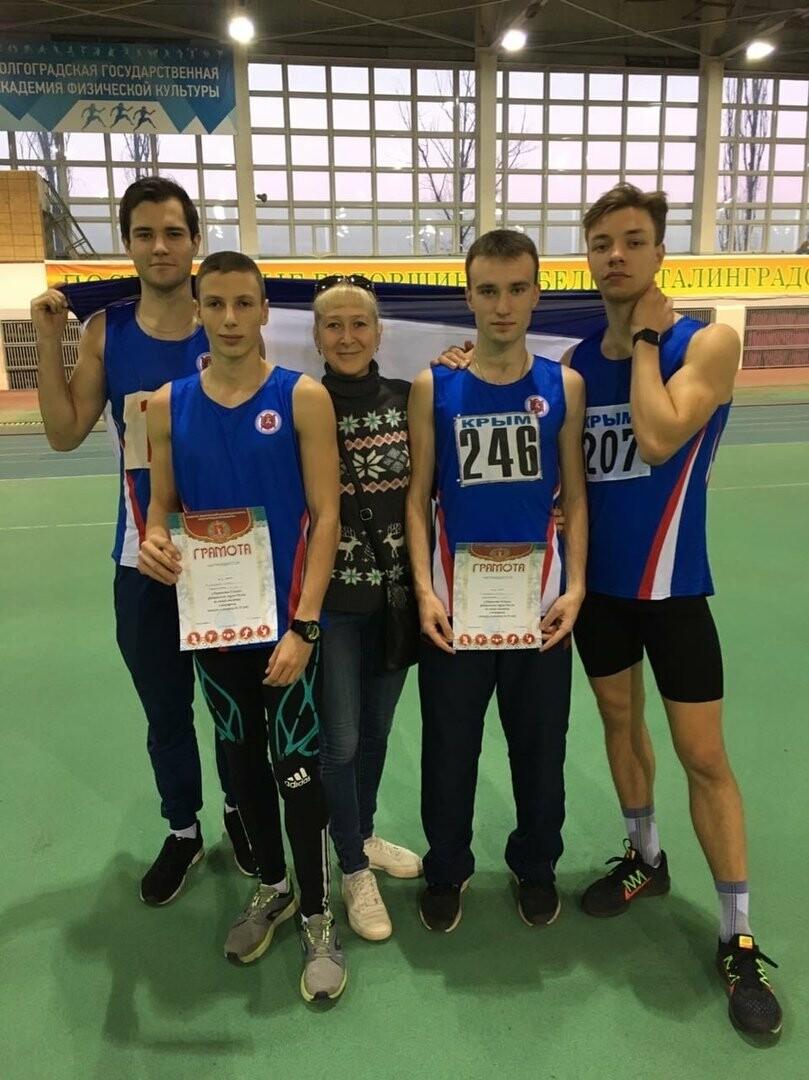 Легкоатлеты Ялты завоевали 11 медалей на Чемпионате Южного Федерального округа, фото-1