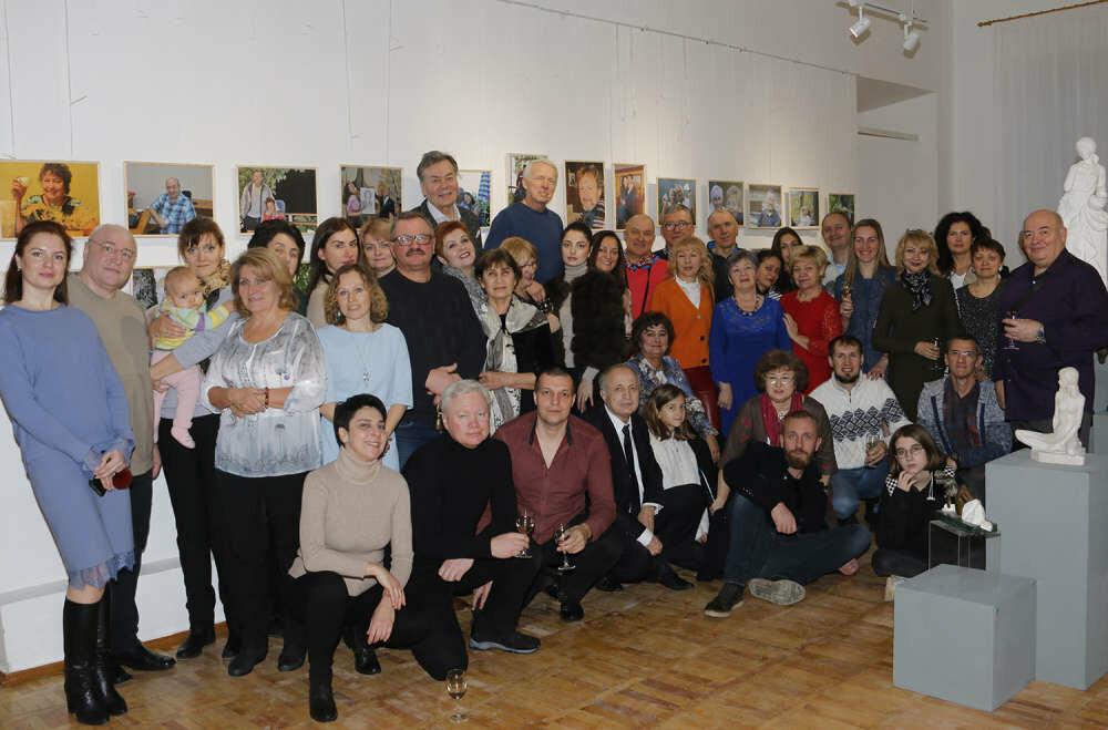 В Ялте открылась фотовыставка Николая Носкова «Колокольчик», фото-1