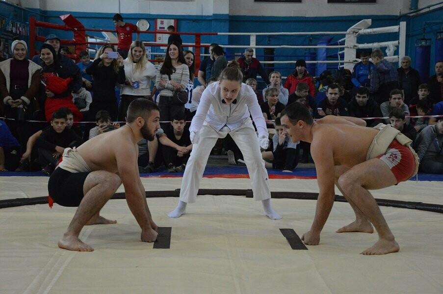 Ялтинцы завоевали 13 медалей Чемпионата и Первенства Республики Крым по сумо, фото-3
