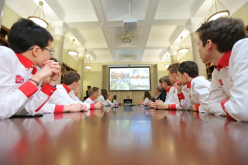 Артековцы связались в режиме телемоста с российской антарктической станцией «Прогресс», фото-3