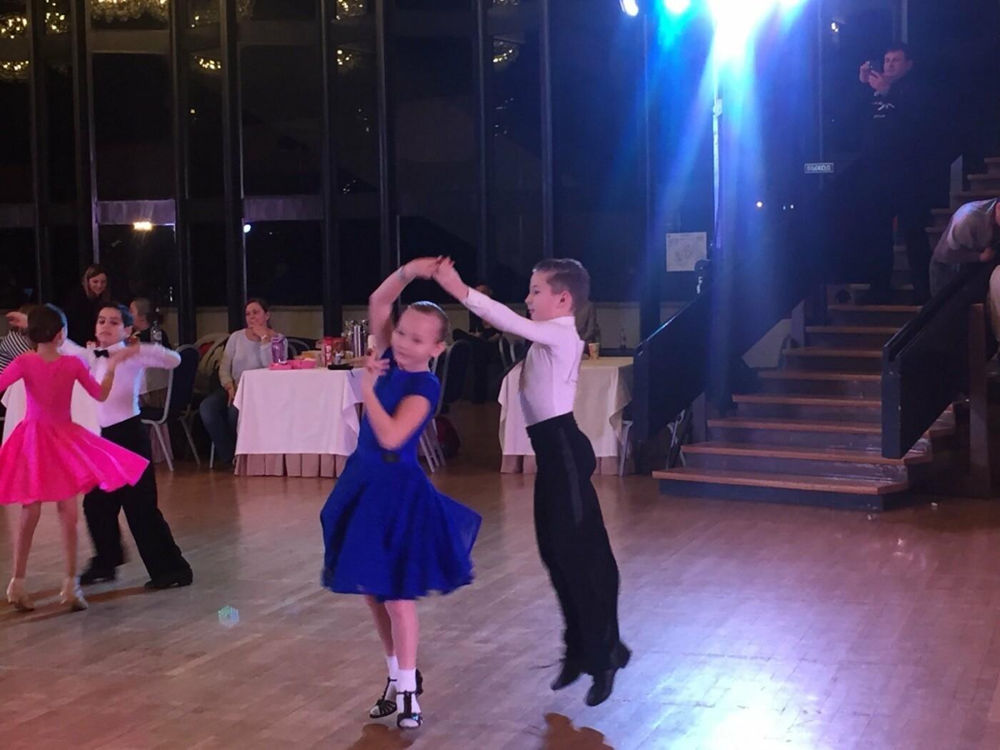 Ребята из «Спортивной школы № 6» Ялты успешно выступили на Первенстве РК по танцевальному спорту, фото-1