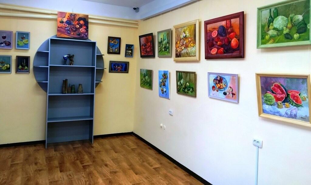 В Кореизе открылась выставка преподавателей Ялтинской художественной школы , фото-1