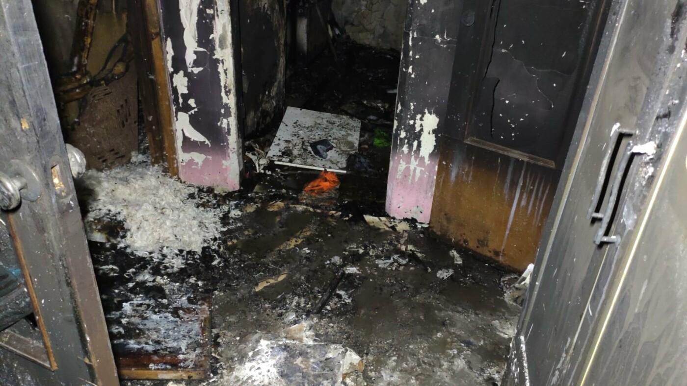 Алупкинской семье с детьми, лишившейся в пожаре единственного жилья, требуется помощь, фото-1