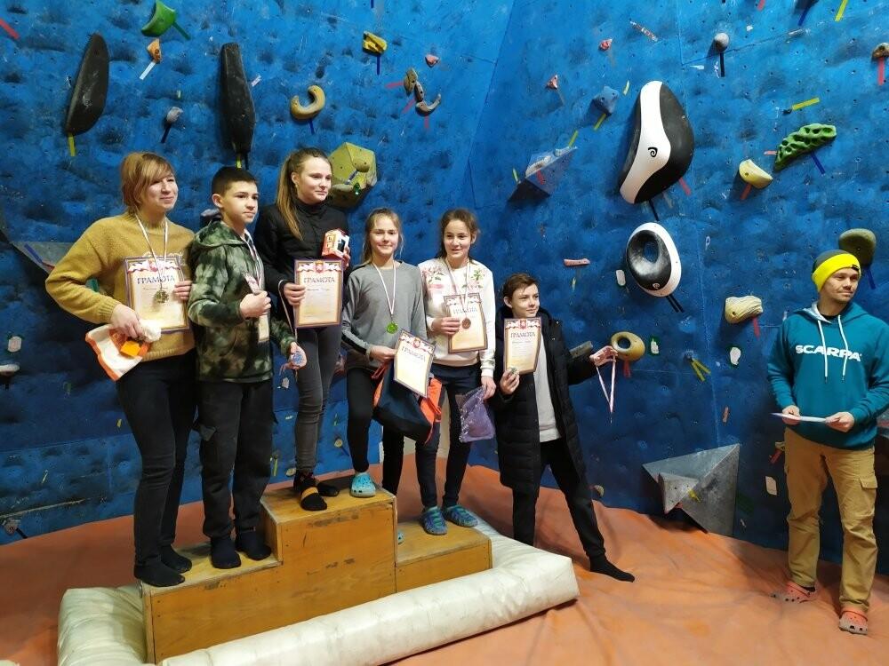 Ялтинка стала бронзовым призером Открытого Первенства по скалолазанию в Симферополе, фото-2