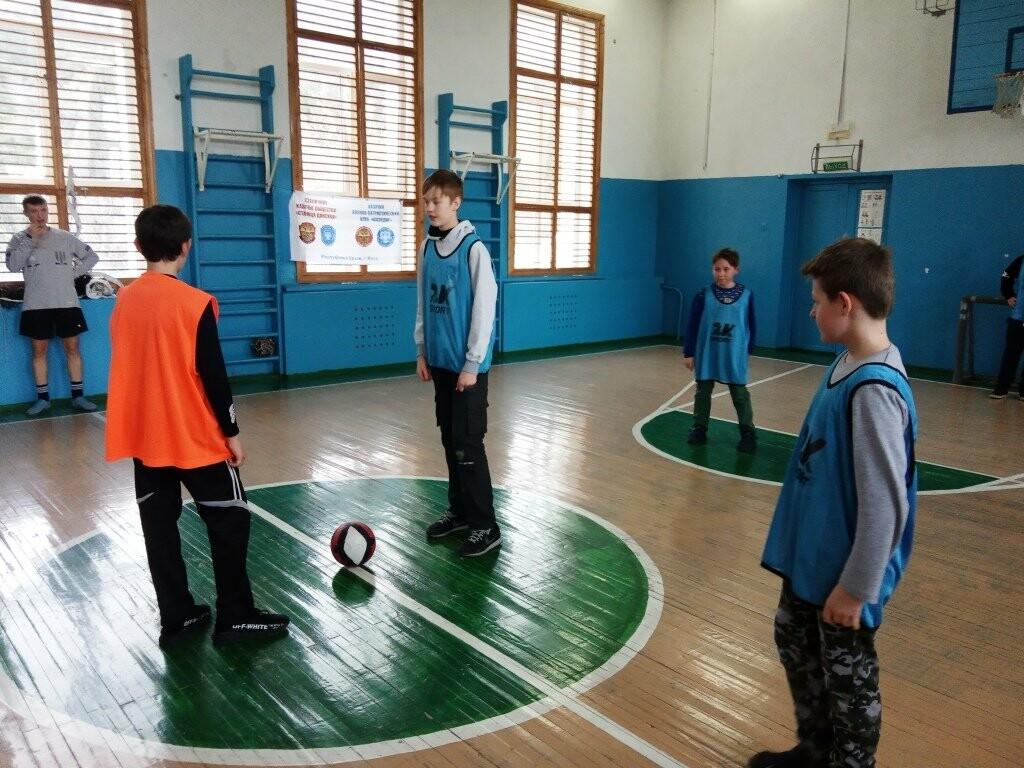 В Ливадийской школе Ялты провели турнир по мини-футболу, фото-2