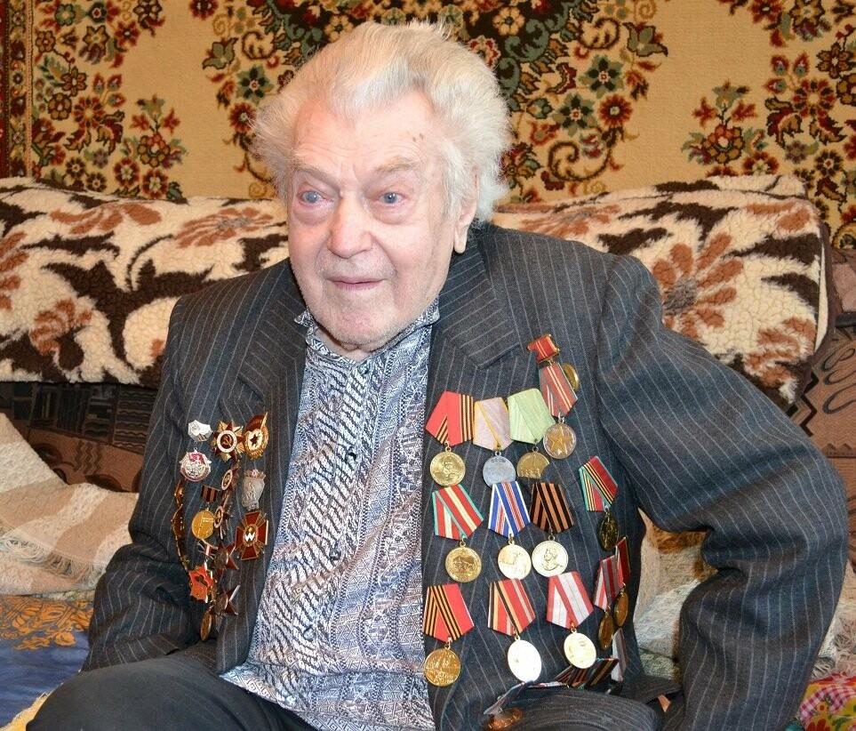 В Алупке перестало биться сердце ветерана ВОВ Александра Захаровича Крижевского, фото-1