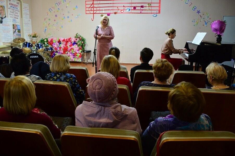 В Алупке прошел юбилейный концерт Зои Легостаевой, фото-4