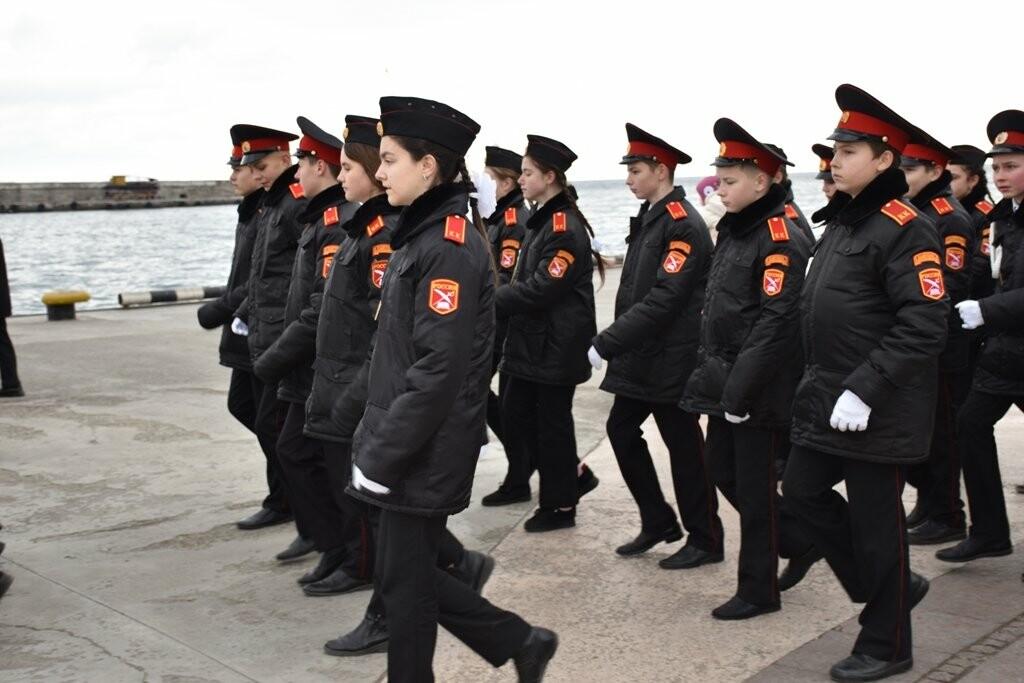Ялта отметила  День защитника Отечества, фото-2