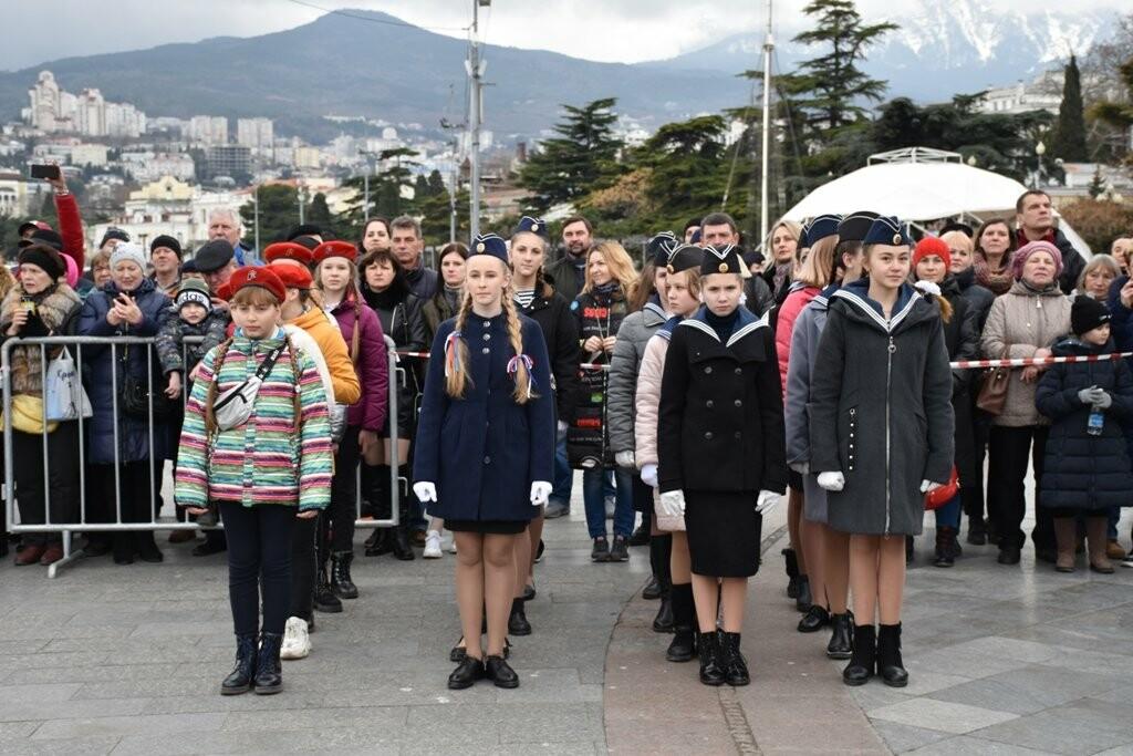 Ялта отметила  День защитника Отечества, фото-3