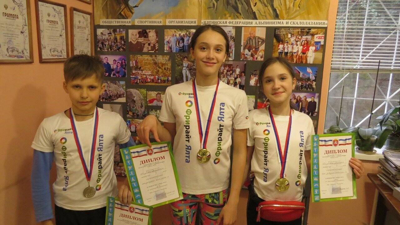 Скалолазы Ялты завоевали 4 золота и серебро Открытых соревнований, фото-4