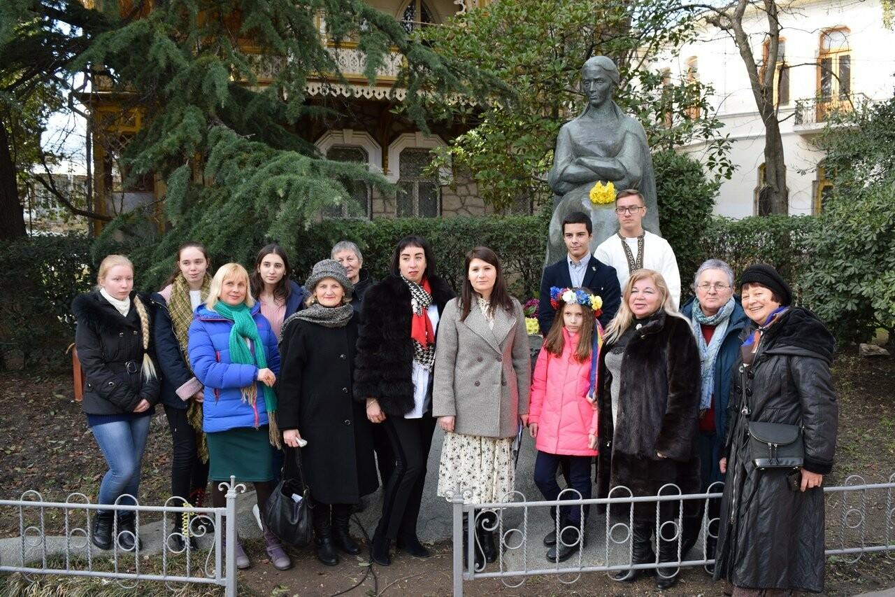 Ялта отметила 149-ю годовщину со дня рождения Леси Украинки, фото-1