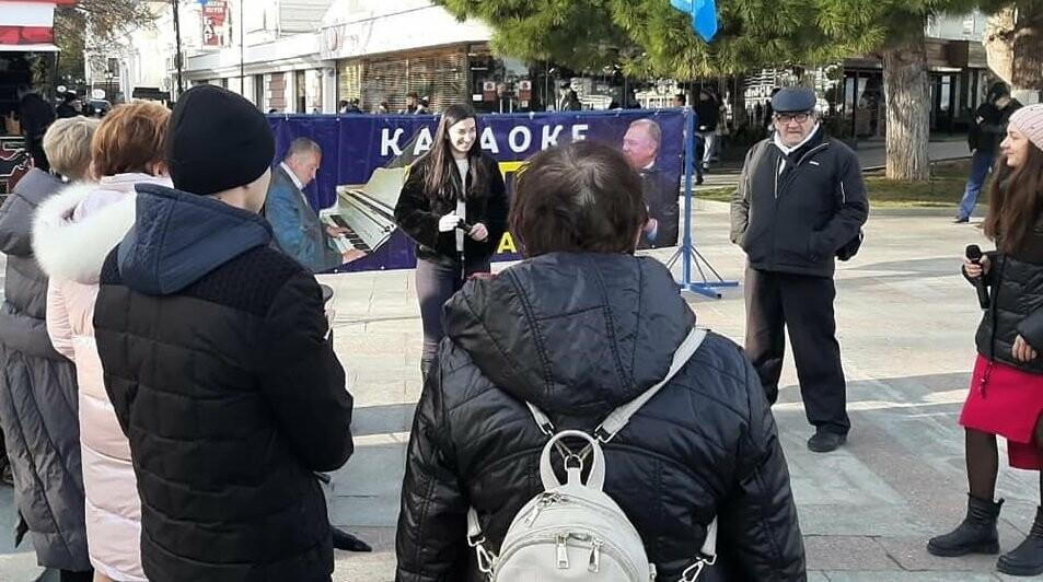 В столице ЮБК прошел караоке-конкурс народных исполнителей «Ялтинские встречи», фото-3