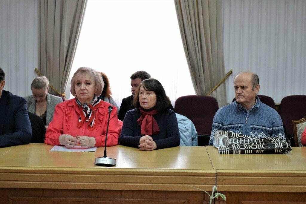 Вице-премьер Крыма Юлия Жукова провела встречу с общественностью Ялты, фото-2