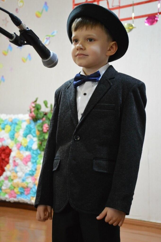 В Алупкинской детской школе искусств концертом отметили 8 марта, фото-2