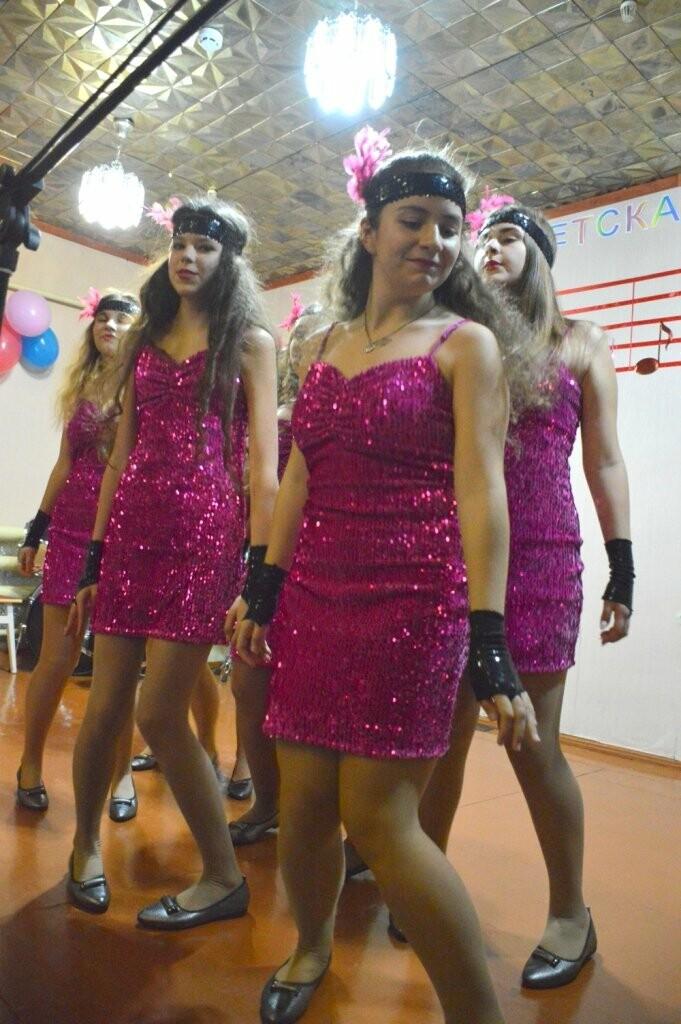 В Алупкинской детской школе искусств концертом отметили 8 марта, фото-4