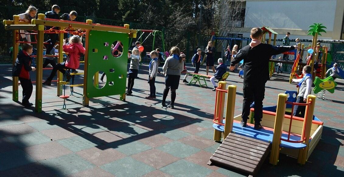 В Гаспре открыли новую детскую площадку, фото-3
