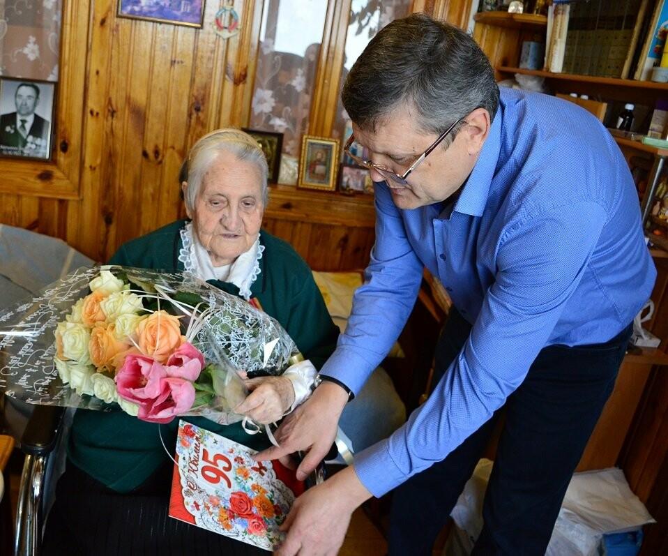 В Гаспре с 95-летием поздравили долгожительницу посёлка Ульяну Мартыненко, фото-2