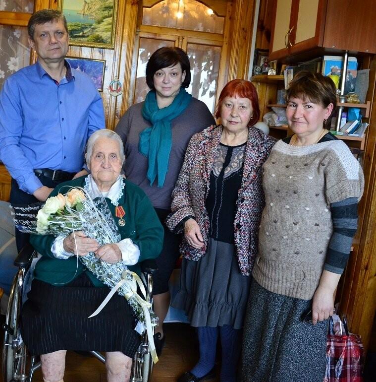 В Гаспре с 95-летием поздравили долгожительницу посёлка Ульяну Мартыненко, фото-3