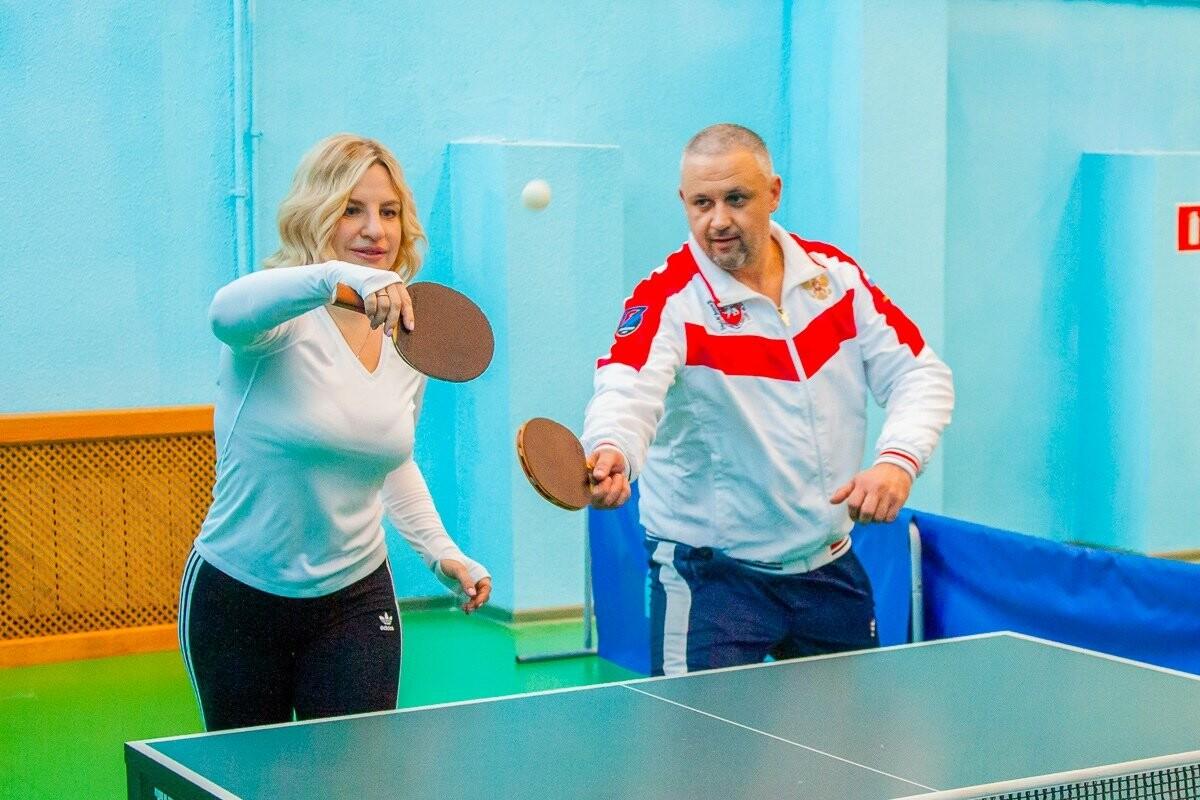Министр спорта Крыма Ольга Торубарова  провела тренировку с юными теннисистами Ялты, фото-1