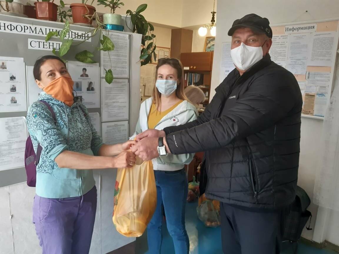 Волонтёры Ялты помогли почти 1000 жителям города, фото-1
