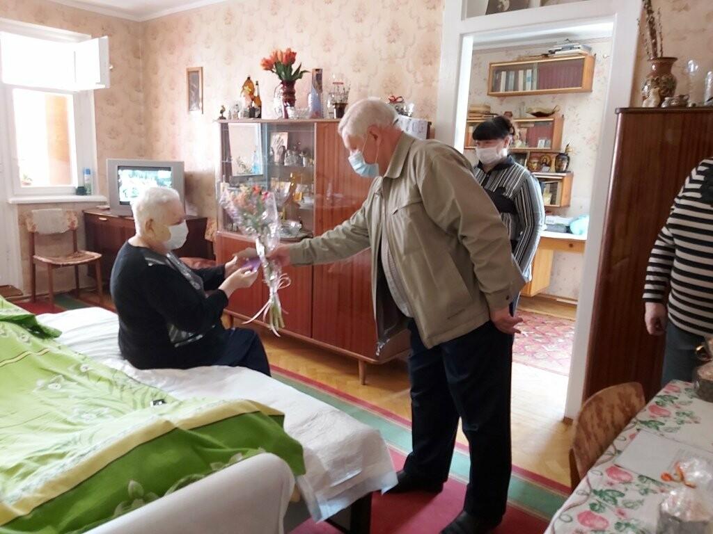 Жительницу Ялты  Маргариту Макарову поздравили с 90-летним юбилеем , фото-1