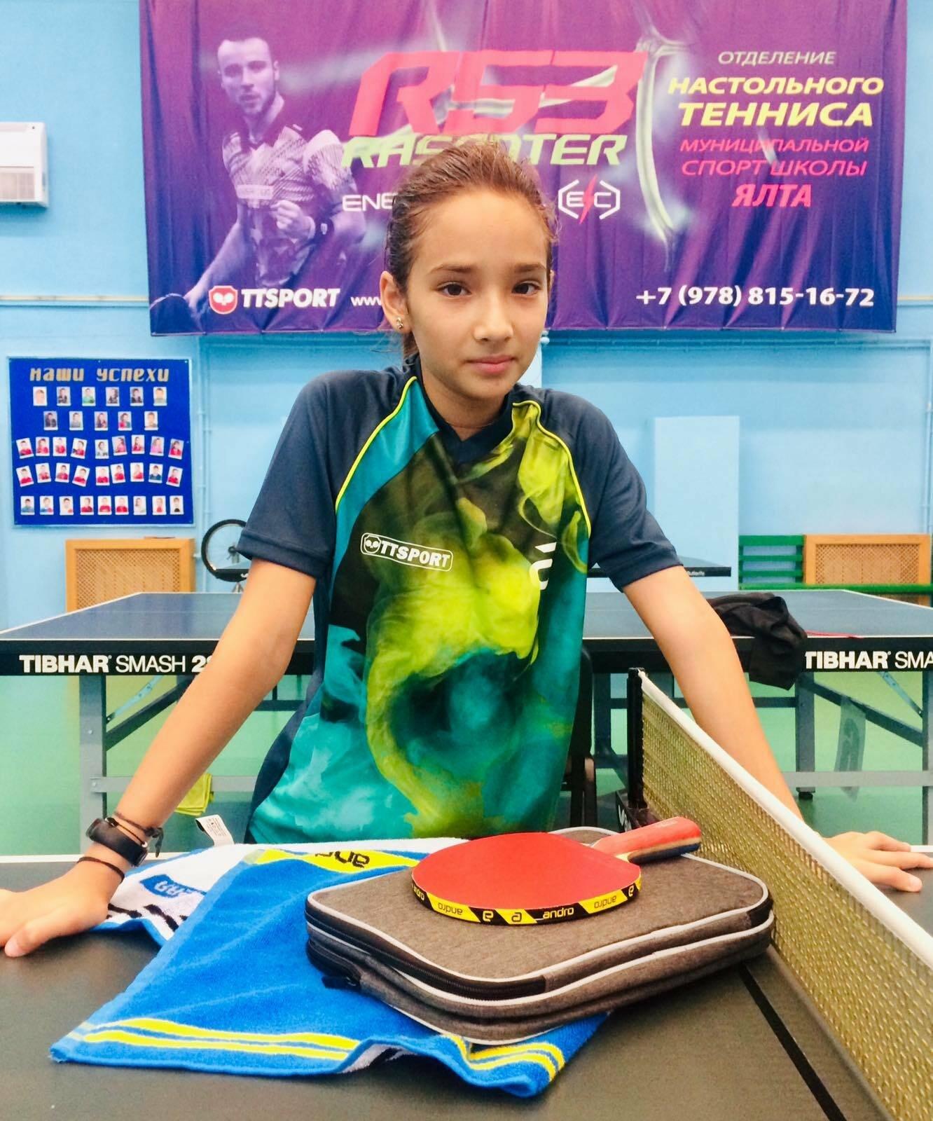Ялтинка Юлия Кровякова заключила профессиональный контракт компанией, занимающейся продажей спортивной экипировки, фото-1