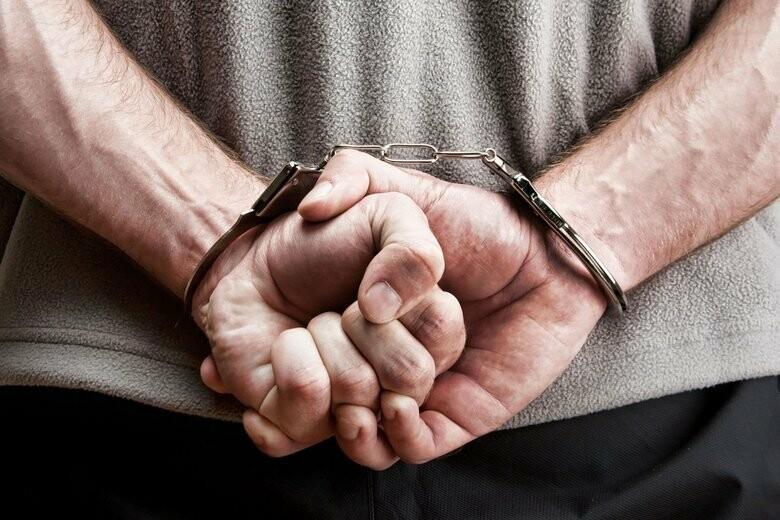 Еще одно нападение нетрезвых граждан на полицейских в Ялте: двоим грозит уголовная ответственность