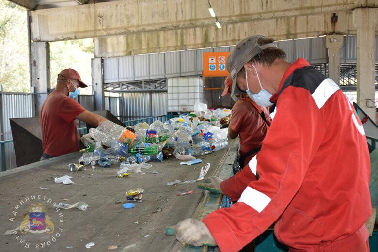 В Ялте планируют повысить показатель по вторичной переработке отходов