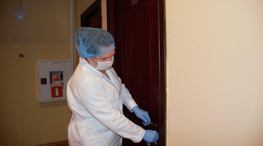 В Ялте семья заразившейся коронавирусом женщины принудительно отправится в обсерватор